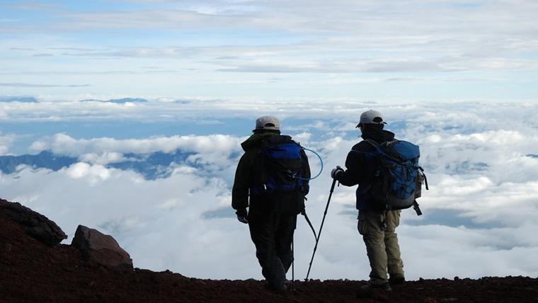 ニコ 生 主 が 富士山 登山 中 に 滑落